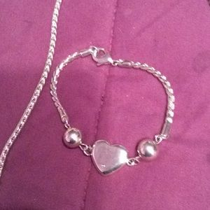 Boutique style heart necklace and bracelet set